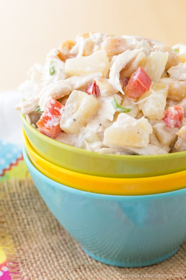 Tropical Chicken Salad - pineapple and macadamia nuts add fresh and fruity flair to your usual chicken salad recipe while Greek yogurt makes it light and healthy, Made with @dolesunshine #SharetheSunshine #ad | cupcakesandkalechips.com | gluten free, grain free, high protein, low carb