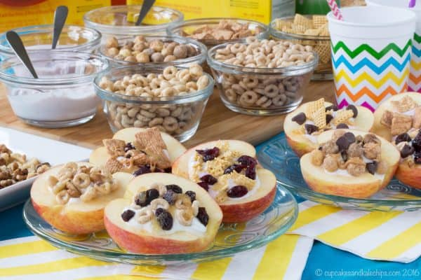 How to Make Cereal and Yogurt Stuffed Apples for a fun and nutritious after-school snack. Try these eight tasty combos or come up with your favorite, with gluten free, nut free, and peanut free options. #ad | cupcakesandkalechips.com