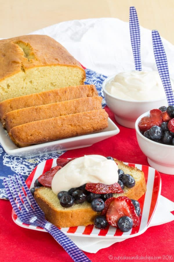 Gluten Free Potato Pound Cake with Berries and Greek Yogurt - a simple and delicious slice topped with plenty of fresh strawberries and blueberries is a perfect summer dessert recipe. | cupcakesandkalechips.com