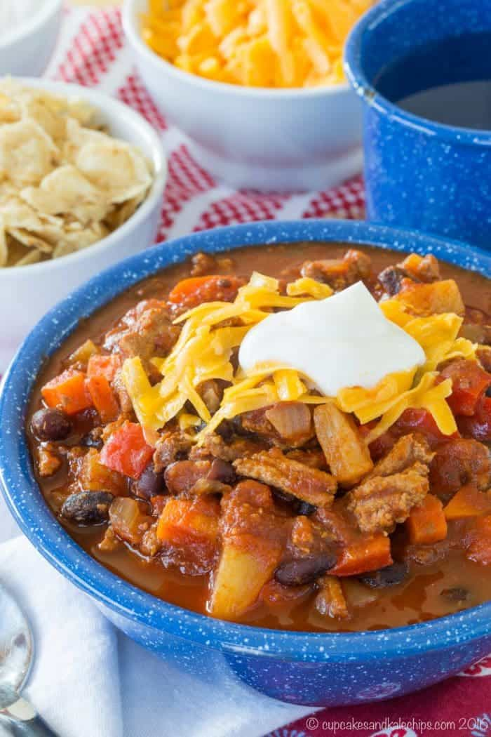 Healthy turkey chili recipe made in the slow cooker