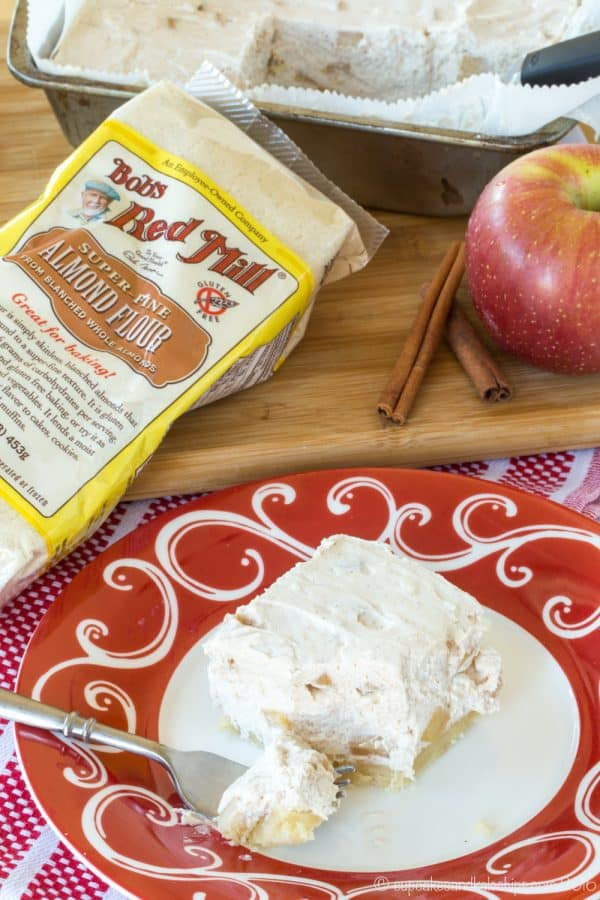 No-Bake Apple Cheesecake Bars with a gluten free almond crust are a light, fluffy holiday dessert recipe. | CupcakesAndKaleChips.com