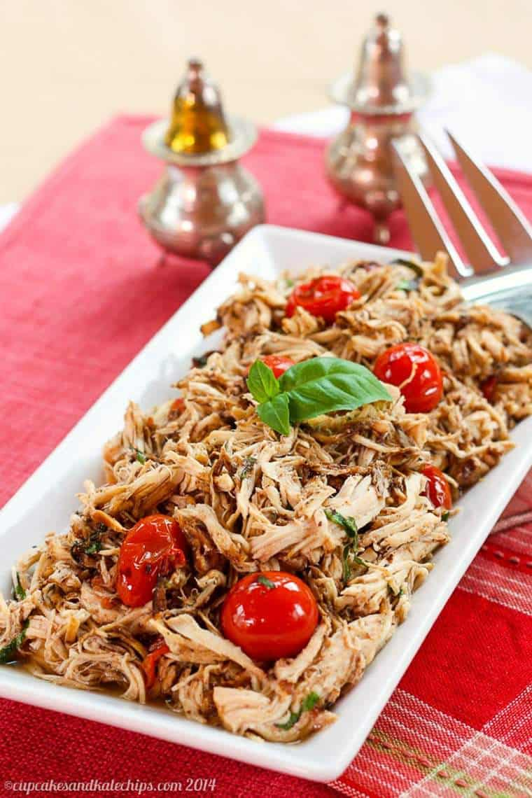 slow cooker chicken with tomatoes and basil