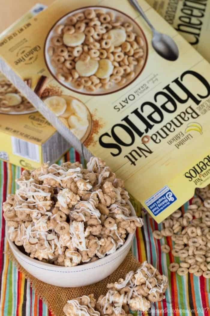 Banana Nut Cheerios Popcorn White Chocolate Snack Mix - an easy gluten-free snack recipe!