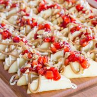 Peanut Butter and Jelly Apple Nachos