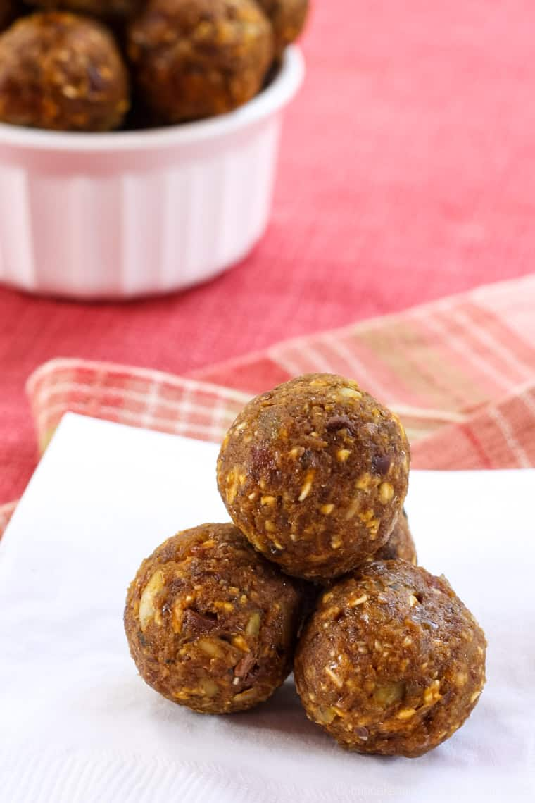 Pumpkin Spice Energy Balls piled on a napkin