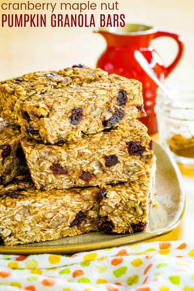 Pumpkin Granola Bars Recipe with maple syrup and pumpkin pie spice