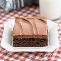 Old Fashioned Cocoa Fudge Cake