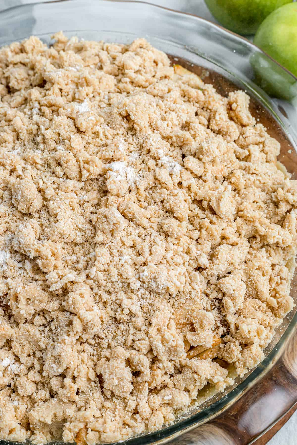 apple pie with unbaked streusel topping